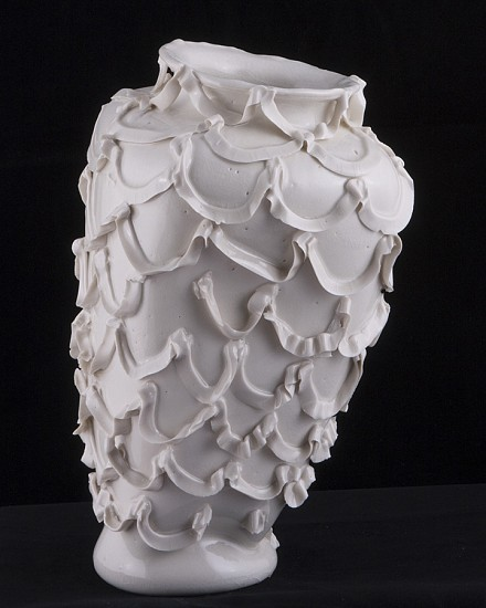 Robert Chamberlin, Empty Vessel 121 2014, Porcelain with porcelain decoration