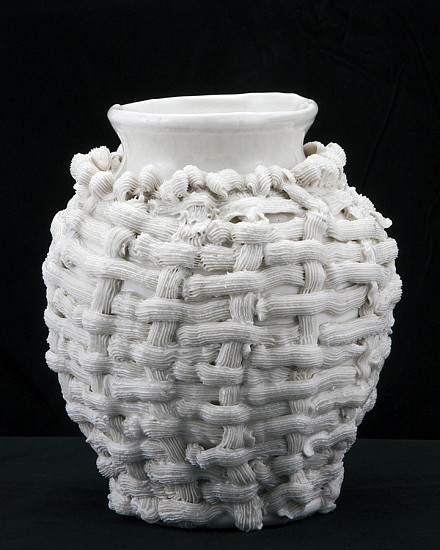Robert Chamberlin, Empty Vessel 138 2014, Porcelain with porcelain decoration